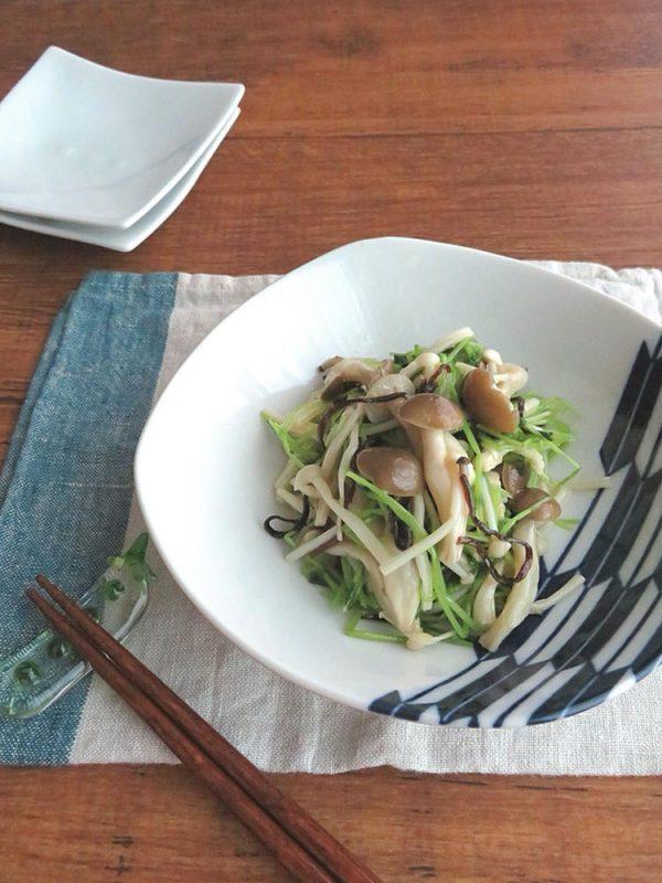 レンジで簡単和総菜☆豆苗ときのこの塩昆布和え♪生姜風味 by:kaana57さん
