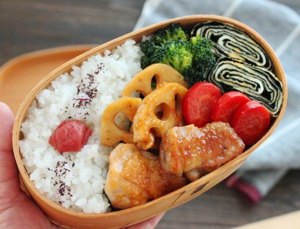 簡単なのに豪華!「鶏と野菜の照り焼き」「ぐるぐる卵焼き」2品弁当