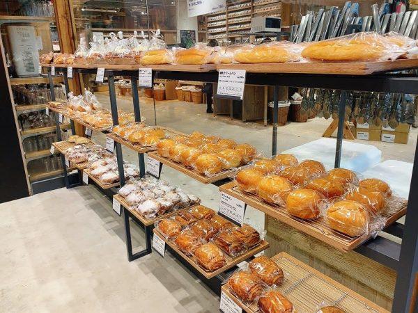 MUJI Bakeryのパン