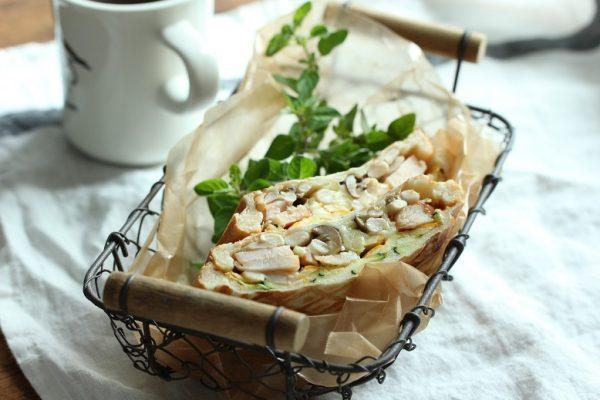 作り置き「きのこのマリネ」でつくる朝ラクごはん2レシピ