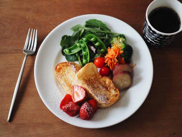 朝美人アンバサダー_朝はパンとコーヒー