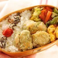 フライパン1つで簡単!「磯辺塩唐揚げ」「卵と野菜のソース炒め」2品弁当
