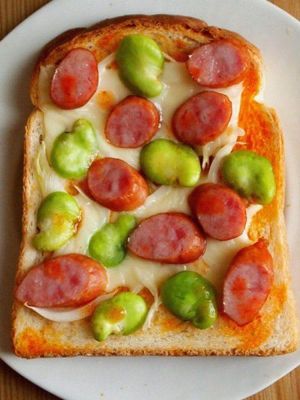 そら豆のピザトースト
