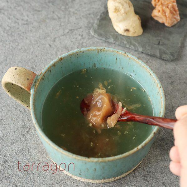 喉がイガイガする朝に。材料3つで簡単「梅はちみつしょうが湯」