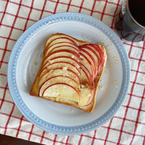 朝美人アンバサダーショコバニさん_林檎トースト
