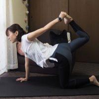 できれば無理せず鍛えたい人に!「ゆる体幹トレーニング」~【1】四つ這い編~
