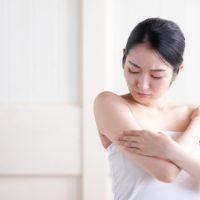 ダラダラ、ベタベタ…人に言いづらい「汗のお悩み」解決のヒント