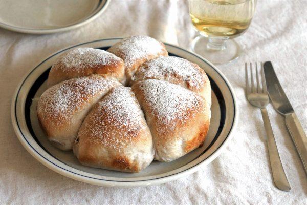 ほぼこねないから簡単!チーズとろ~り「カマンベールとくるみのパン」