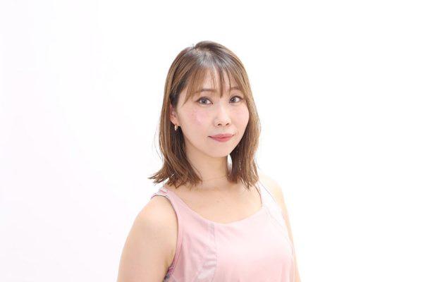 ホットヨガスタジオLAVAトップインストラクター2021 小川実納(おがわみな)さん