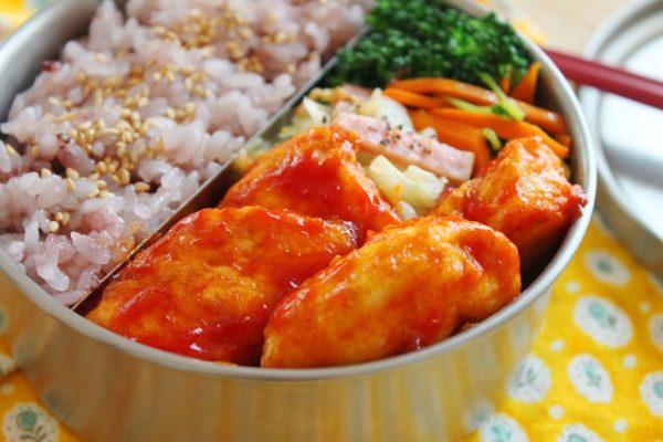 食がすすむ味!「鶏ささみのケチャップカレー焼き」のお弁当byかめ代。さん