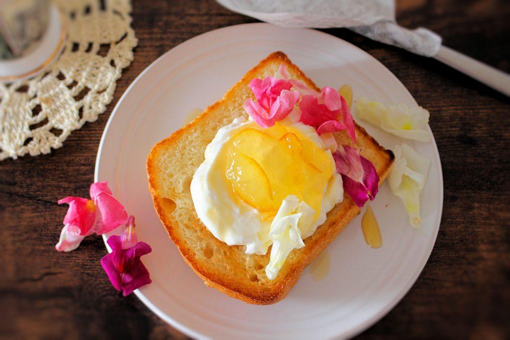 じめじめする朝にちょうどいい!簡単さわやか「ヨーグルトトースト」レシピ