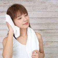 頭皮のにおいやベタつきを防ぐ!夏向きシャンプーとすっきりヘアケア術♪