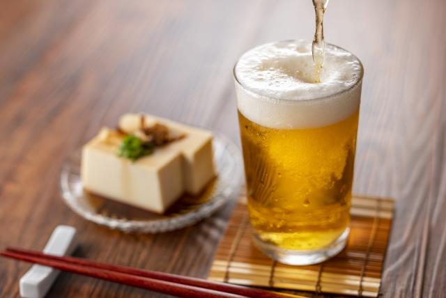 ビールと冷奴