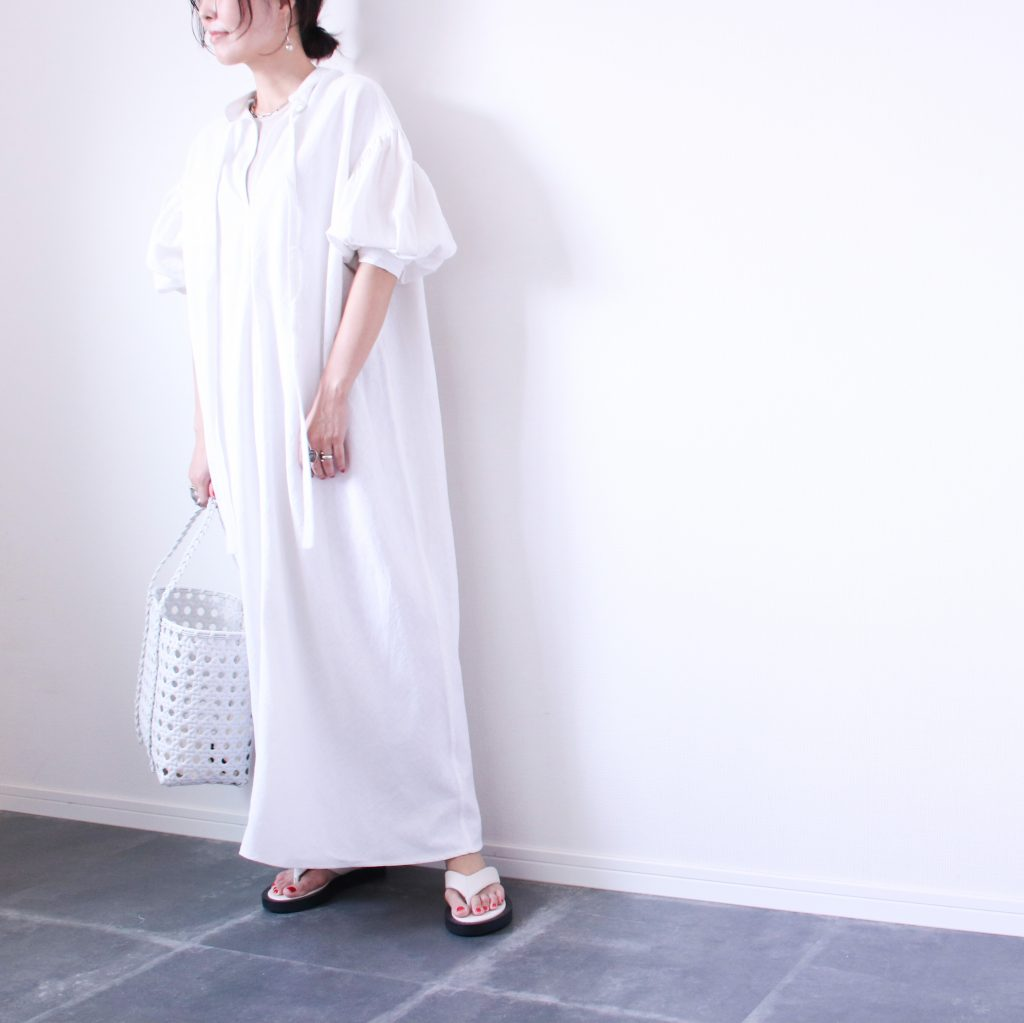 難しくない!夏気分が盛り上がる「白コーデ」着こなし