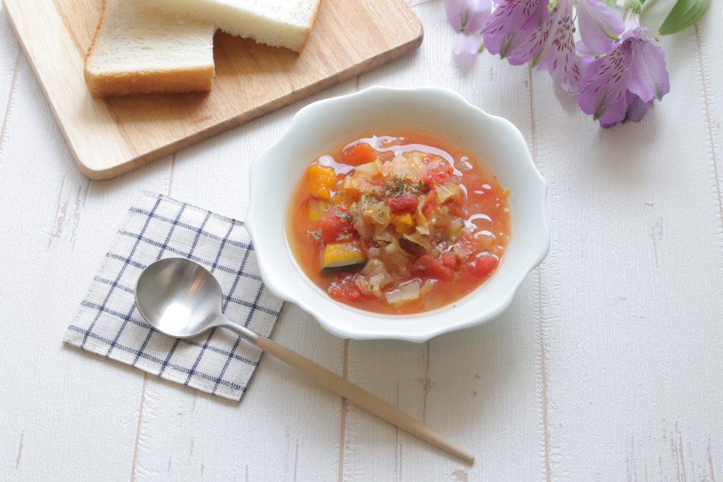 朝の「腸活トマトスープ」