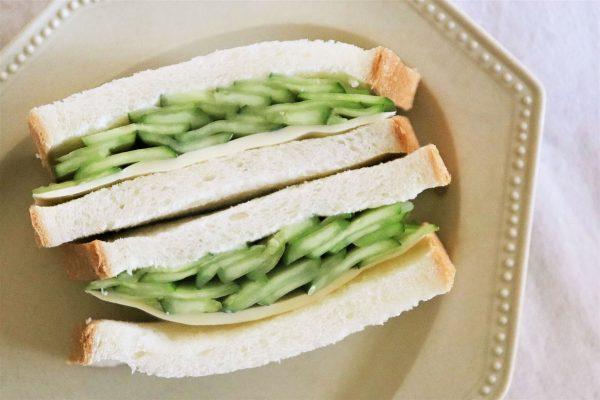 丸ごと1本使用!シンプルで美味しい「きゅうりとチーズのサンドイッチ」 byパン・料理家 池田愛実さん