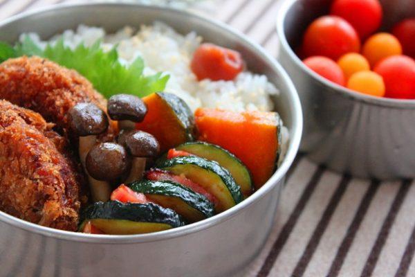 さわやかな夏の味♪簡単「ズッキーニの柚子こしょう炒め」のお弁当