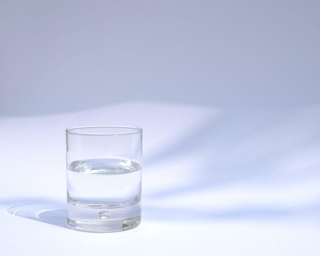 もちこさん_朝いっぱいの水