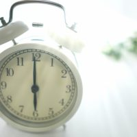 朝の使い方で人生が変わる!?朝美人さんたちに教わる「早起き」のメリット3選