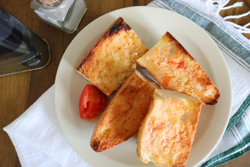 最上級の簡単さ!?スペインのトースト「パンコントマテ」