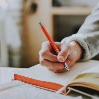 ダラダラして後悔…そんな毎日から卒業しよう!「朝ノート」の書き方2ステップ