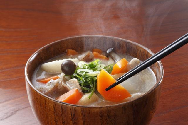 きのこと根菜の味噌汁