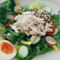 ダイエット向き!低糖質なささみでカンタン「レンジ蒸し鶏」レシピ