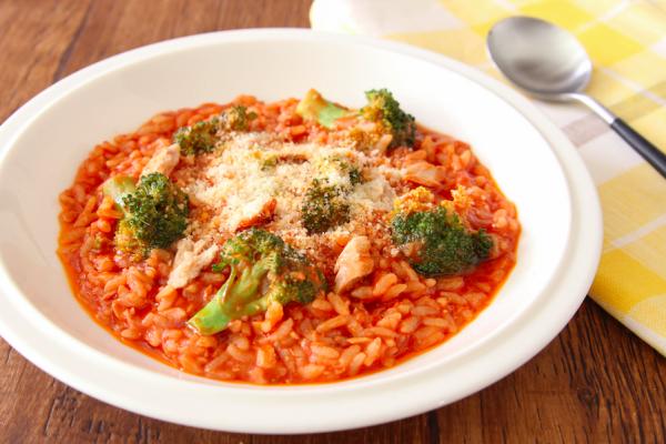 冷やご飯+レンチン3分で完成!簡単すぎる「トマトリゾット」