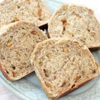 こねずに簡単ふわっふわ!「紅茶とオレンジピールの食パン」