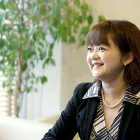 朝のダラダラを止めるには?朝活のプロ 池田千恵さんへの「15の質問」【15周年記念インタビュー】
