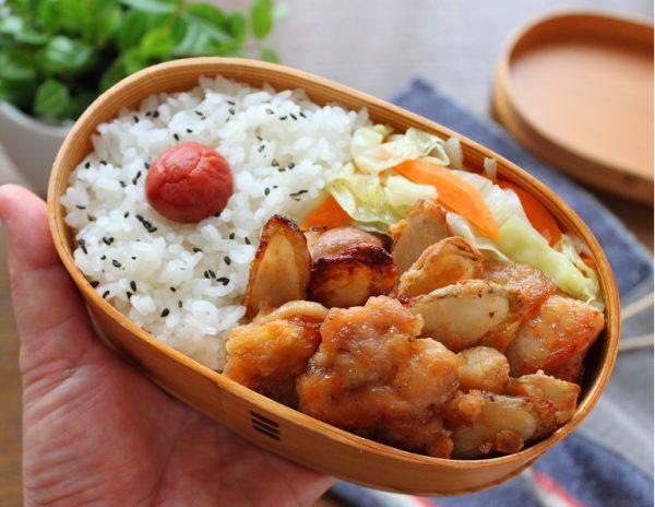 揚げない+レンジでラクしておいしい!「鶏ごぼう唐揚げと野菜炒め」2品弁当 by 料理家 かめ代。さん