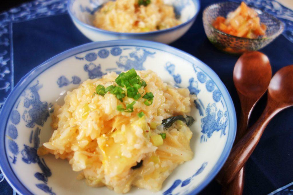 超時短5分レシピ!少ない材料で簡単とろーり「キムチーズリゾット」
