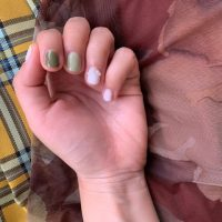 手元から秋めく。こっくり秋色「グリーンネイル」のすすめ!