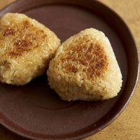 冷凍ごはんの作りおき!基本調味料で簡単「焼きおにぎり」