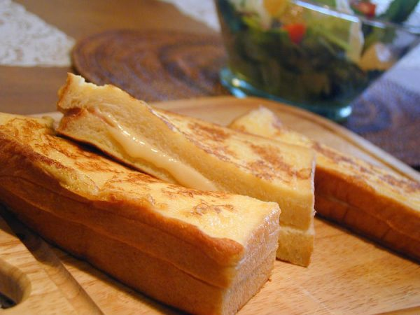 とろ~りチーズがたまらない♪「クロックムッシュ」