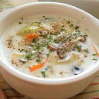 センイでお通じ改善!簡単「きのこ」のあったかスープレシピ5選
