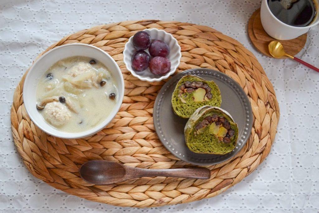 「生姜たっぷり鶏団子の豆乳スープ」で朝ごはん